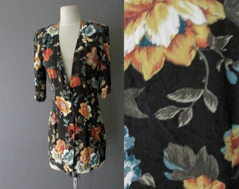 STOREWIDE CLEAROUT SALE floral office wear black vintage 80s tunic blazer - size small