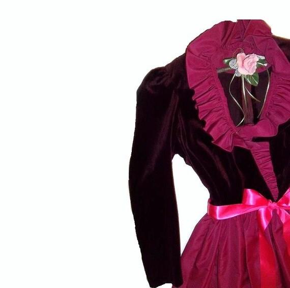 Victorian Charm. Womans Ruffled Romance Vintage Wear. Victorian High Noon Tea Party. Elegant Charming. Burgandy Velvet. Raspberry Organza