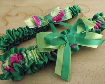Emerald Green Wedding Garter Set , Green Bridal Garters, Green Garter Belt, Emerald and Apple Green Garters