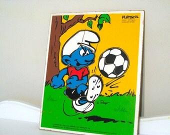 Vintage Puzzle - Smurf - Soccer Star - Playskool - Wooden Tray - 1983 - Retro Cartoon Puzzle