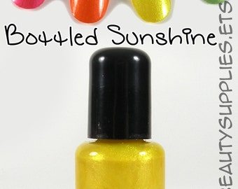 Bottled Sunshine Nail Polish 8 ml Vegan Non-Toxic