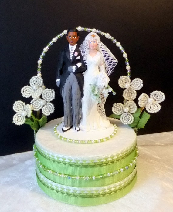 gatsby wedding cake toppers items similar to green great gatsby downton styled 14655