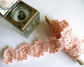 Crocheted Linen Edging, Shabby chic Decorations, Lace Trim,Wedding decor - Light pink linen, crochet trim, crochet edging, crafting supplies