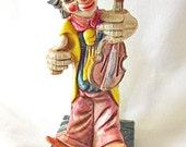 Clown Figurine.  Fontanini Clown With a Fiddle  ID 049