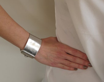 Silver Leather Cuff, Bracelet with silver plated closure for Women. LC12