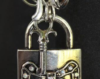 "Purse Dangle ""Key To My Heart"" (Item 5021)"