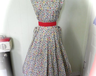 Vintage Dress 50s Retro Style French Dress With Floral Print Size M L - on sale