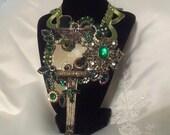Steampunk Statement Necklace , Emerald Metal Grand Nouveau Necklace, Royal Steampunk Pendant, стимпанк,