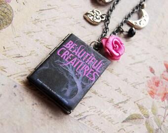 Dark romances - a book locket necklace based on Beautiful Creatures, Twilight, Dark Magic