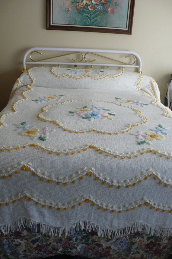 Chenille Queen Size Bedspread By Nanasvintagefinds On Etsy