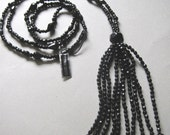 Retro Flapper Necklace Long Beads Vintage Black Faceted Lucite UnWorn Downtown Abbey Gatsby costume jewelry Goth bridal jewelry 1920's style