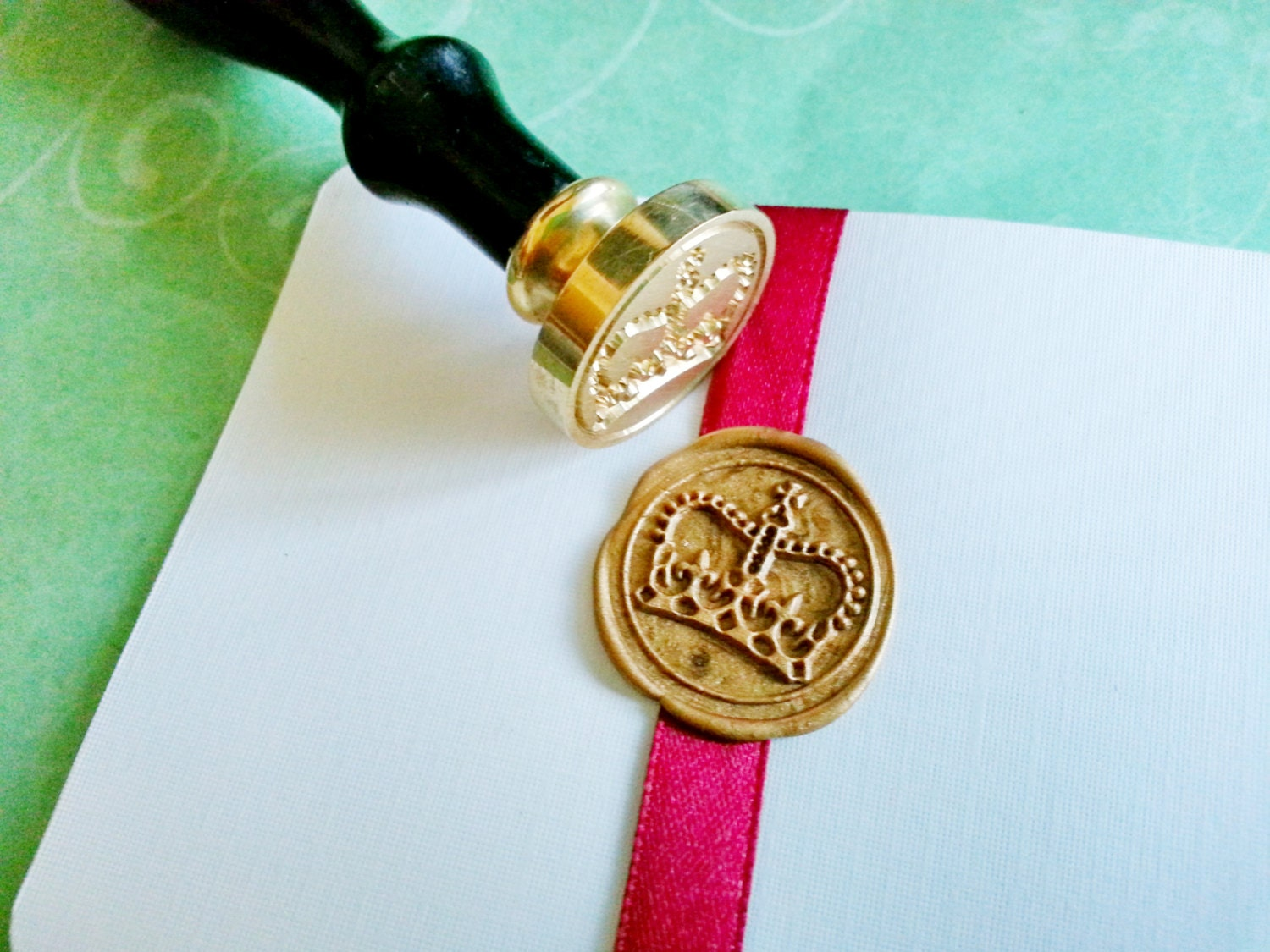 Decorative ROYAL CROWN Gold Tone Plated Wax Seal Stamper