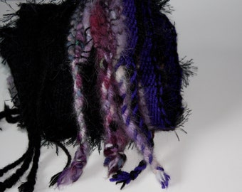 Glow BK02, Everyday Scarf in black and purple