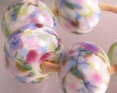 Perles en verre Lampwork entretoise Monet jardin rose bleu vert Pastel choisir 2 4 5 ou 6 Set de perles