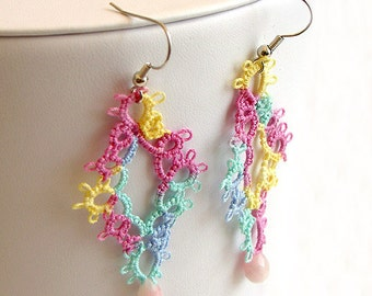 SALE - Tatted Lace Earrings - Tatted Earrings with Faceted Teardrop Bead