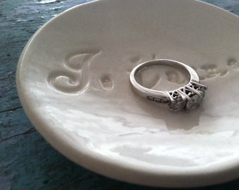Wedding Gift Engagement Gift Ring Dish Ring Bowl Je T'aime French I love You design in Classic White Jewelry Holder