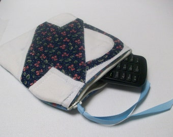 Quilted Little Case, blue, zippered pouch, clutch, organizer, cell phone case, navy, vendor purse, noney wallet, cosmetic case, makeup bag