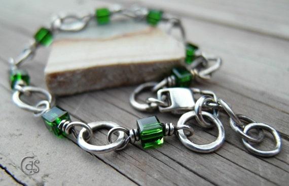 Emerald Green Bracelet Fine Silver Handmade Chain