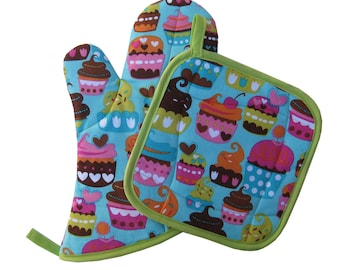 Cupcake Love Oven MItt and Pot Holder Set