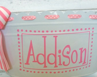 Personalized Scalloped Oval Tub