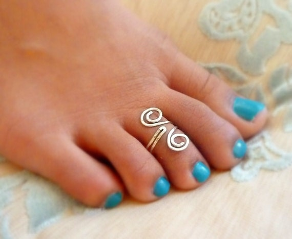 Hammered Jewelry Grecian Style adjustable Toe Ring - Sterling Silver , 14k Gold Filled or Copper