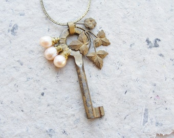 Pearl Key Steampunk Necklace with Wonderful Vintage Finds and Sweetwater Pearls