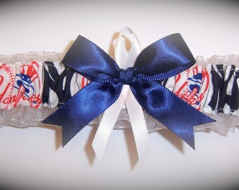 New York Yankees Wedding Garter   Handmade  Toss  NY   Bridal nw1