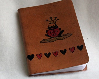 Mini Notebook - KISS ME - Frog with Heart