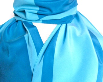Marlin Blue Stripe - a vintage 1980's Vera Neumann Verasa Wing-Tip Scarf