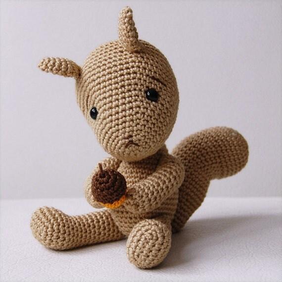 Amigurumi Human Nose : Amigurumi Crochet Squirrel Pattern Simon the Squirrel