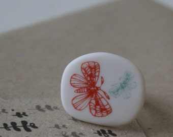 Porcelain ring - butterflies in red and sage