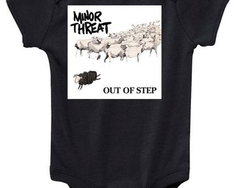minor threat punk rock  tee shirt out of step