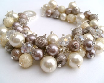 Taupe Bridesmaid Bracelets, Wedding Jewelry, Pearl Beaded Bracelet, Cluster Bracelet, Pearl Bracelet, Ivory Pearl, Nude Colours
