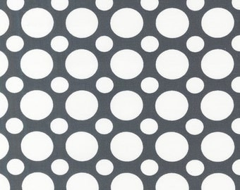 Robert Kaufman Spot On in Grey , Half  yard