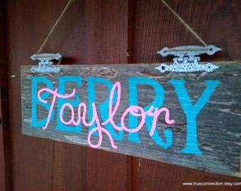Personalized Name Sign. Custom Kids Room Sign Rustic Wood Sign Childrens Room Art. Door Hanging Unique Wood Wall Hanging