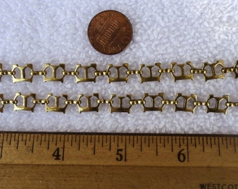 E E E E, 2 Letter G Bracelets, Trifari, 7 Inch Brass, E E E E