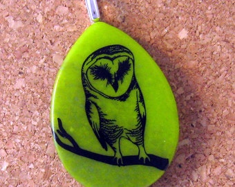 Owl Fused Glass Pendant - Glass Jewerlry - Owl Pendant - Owl Jewelry - Fused Glass Jewelry - Fused Glass Pendant