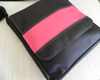 Stripe Messenger Styled Pat Bag.