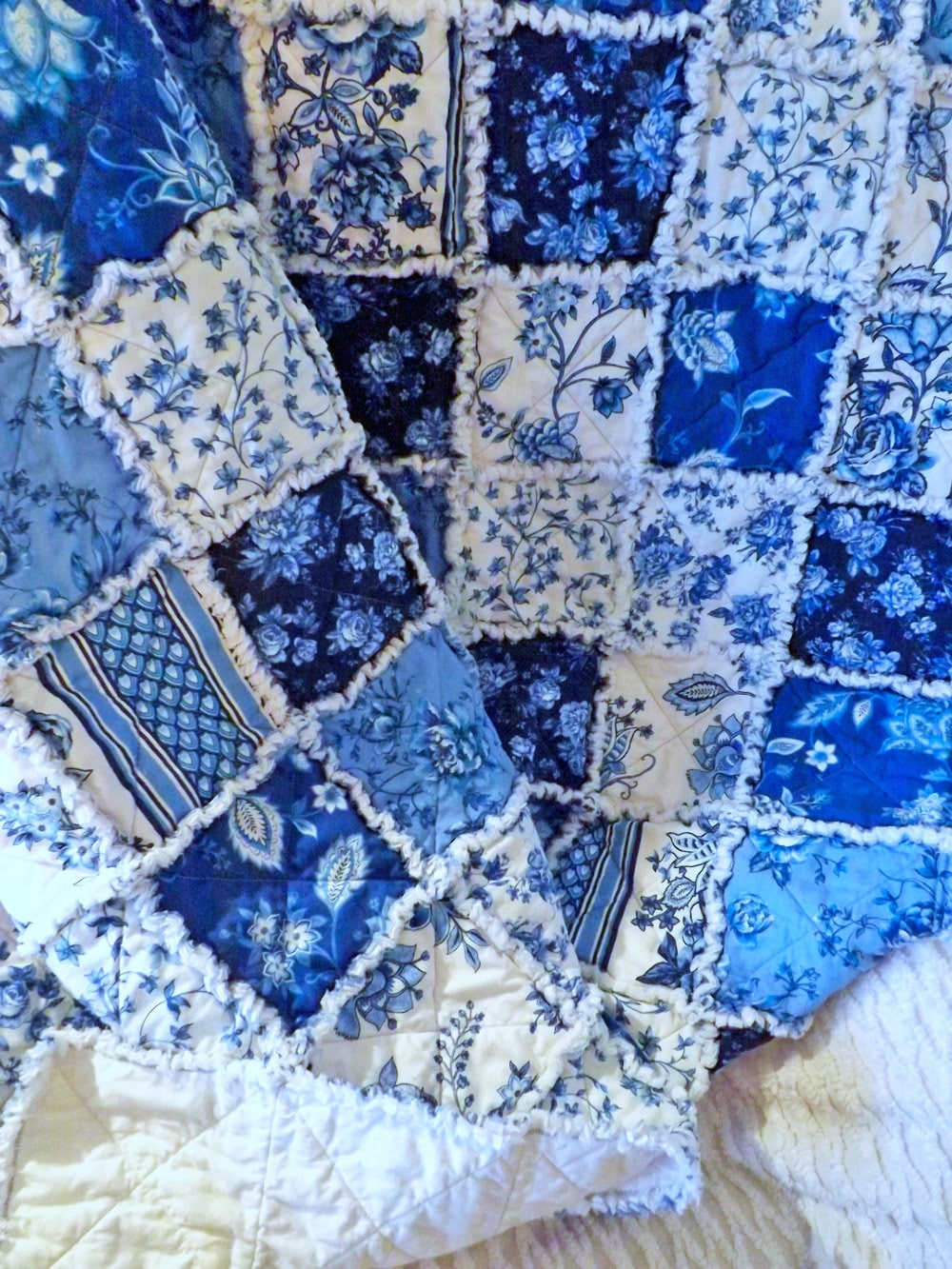 Blue And White Floral Rag Quilt Cottage Style Large Lap