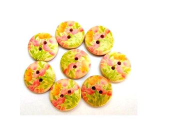 12 Buttons, wood, wooden. 18mm, floral ornament, proper for button jewelry