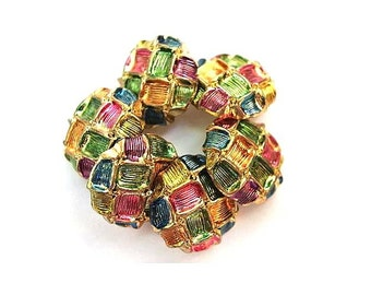 6 Vintage buttons plastic buttons assorted colors pattern, 18mm