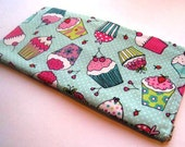 Cupcakes on Teal - Apple Wireless Keyboard Sleeve - Padded and Zipper Closure