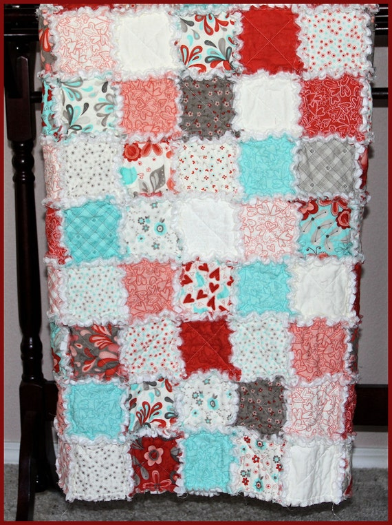 Handmade rag quilt quilted throw lap quilt bedroom decor for Handmade decorative items for bedroom