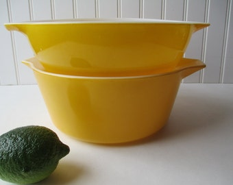 Vintage Pyrex Golden Yellow Casserole and Cinderella Mixing Bowl Pair