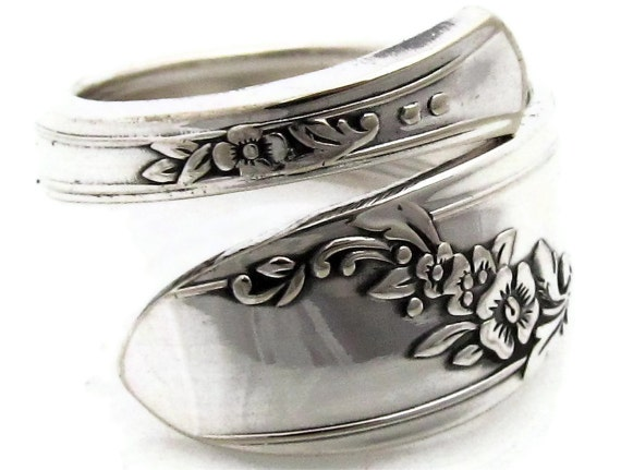 Spoon Ring Size 5 To 9 Demitasse Queen Bess by dankartistry