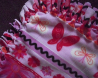 Butterfly and Flower NoSew Fleece Blanket