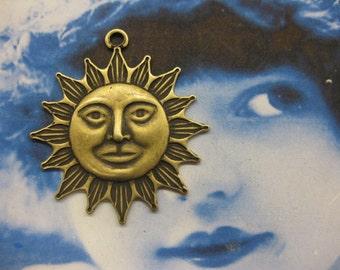 Brass Ox Plated Blazing Sun Charms 251BOX x2
