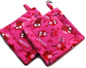 Handmade Quilted Pot Holders Set of 2 Owls Pink Red