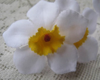 3 Daffodils Czech Republic Millinery Fabric Flowers Hand Made White
