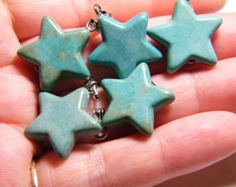 5 dyed Magnesite star pendants/drops, 20mm